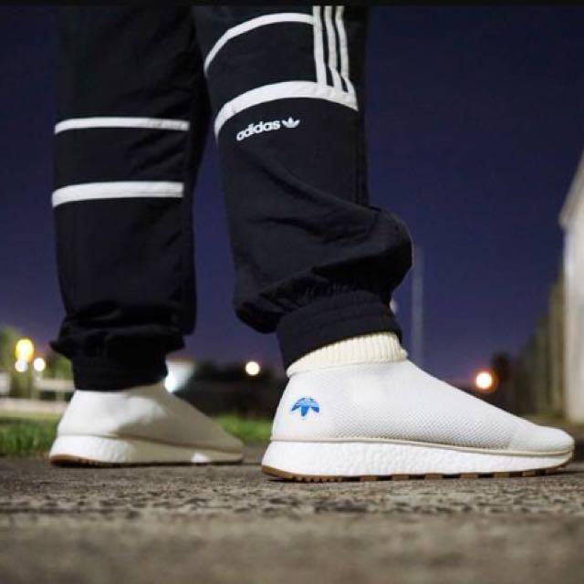 a6347ac19d07 Adidas AW Run Clean