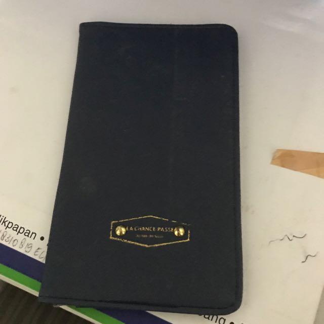 Almost NEW Dompet Paspor