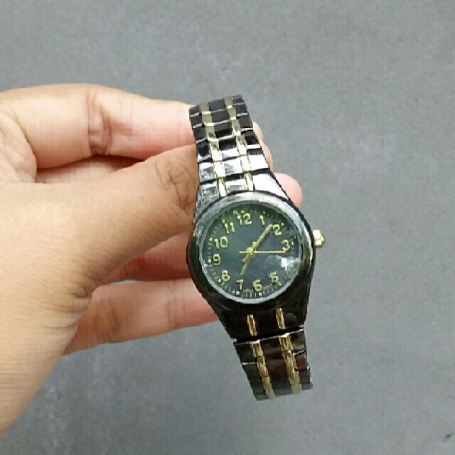 Black Gold Elegant Watch