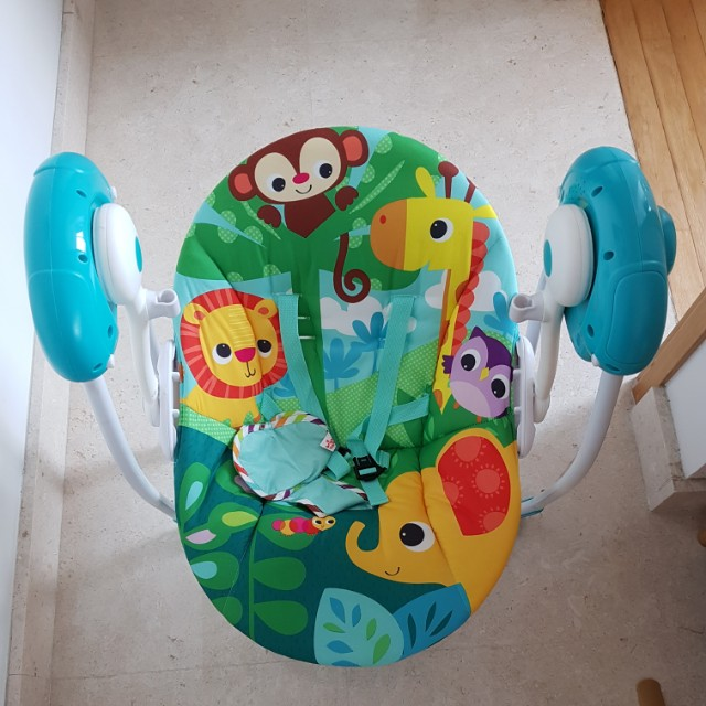 929f8c912 Bright Starts Safari Surprise Portable Swing on Carousell