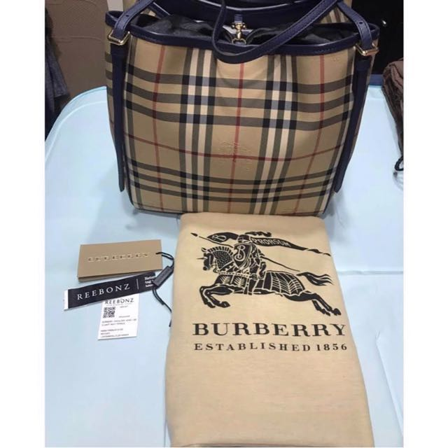 bd731af236f2 Burberry Horseferry Check Small Canterbury All Over Tote