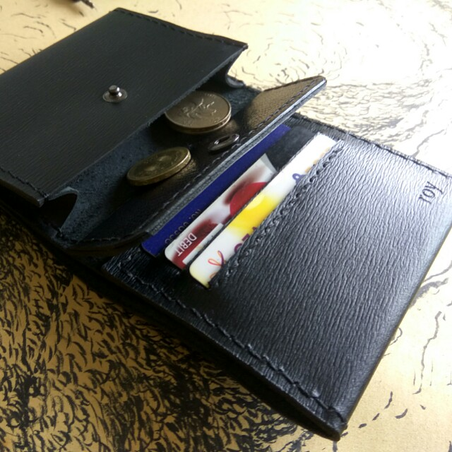Customize Leather Wallet +Name Emboss