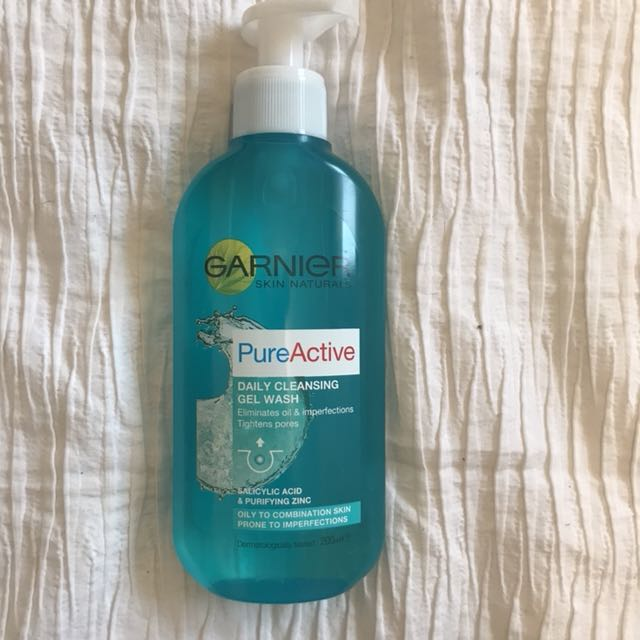 Daily Cleansing Gel Wash