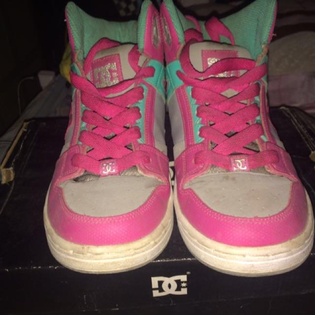 DC shoes, hiphop/dancing shoes