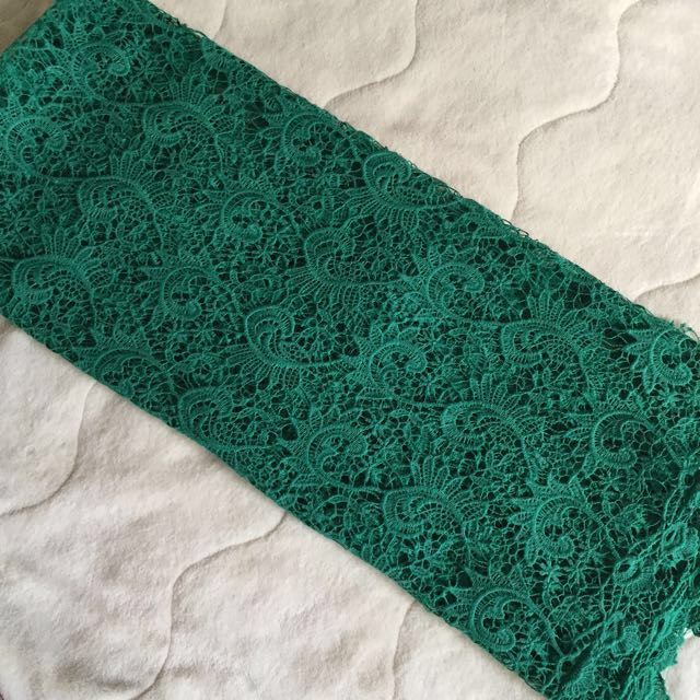 Emerald green lace 1 meter