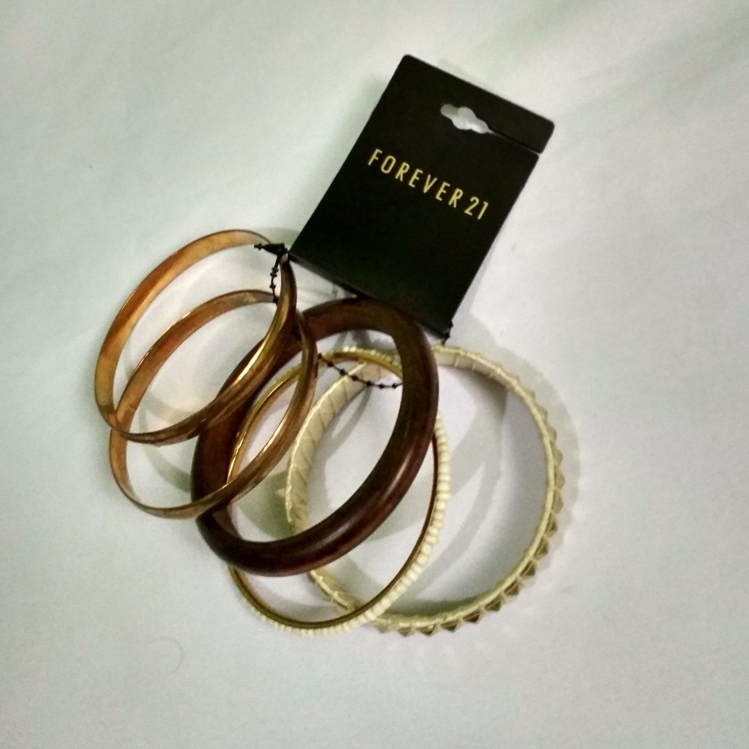 Forever 21 5pcs. Jewelry / Bracelet SRP at 6.80USD