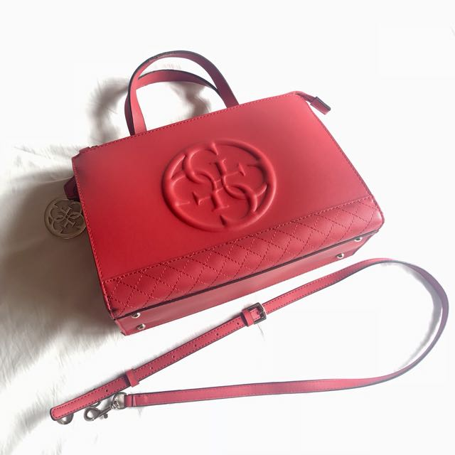 Good as Brand New Guess Authentic Bag RFS decluttering too much bags used for one week for a conference only