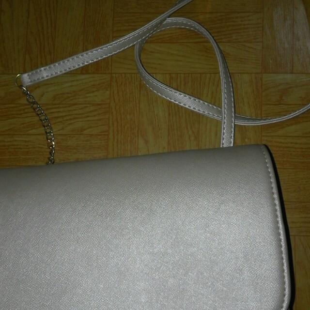 H*M mini sling bag