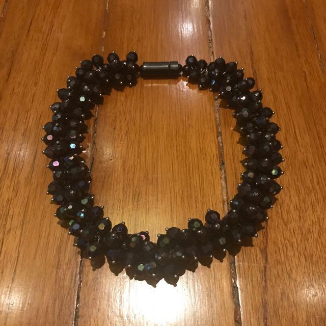 H&M necklace (dark blue)