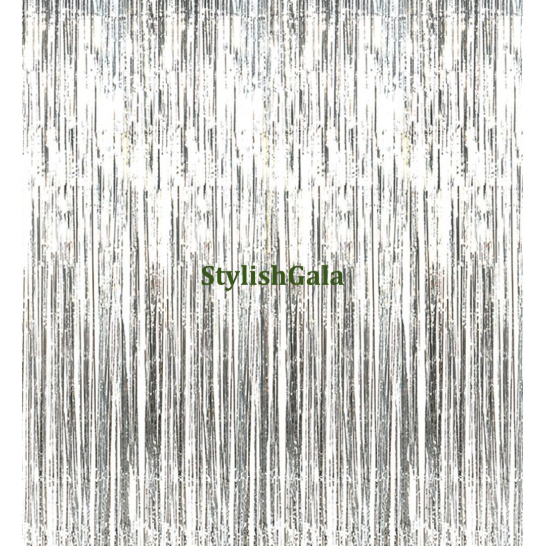 INSTOCK FREE POSTAGE Metallic Silver Tinsel Curtain Garland Party Streamers Foil Decor Fringe Photobooth Backdrop Design Craft Supplies