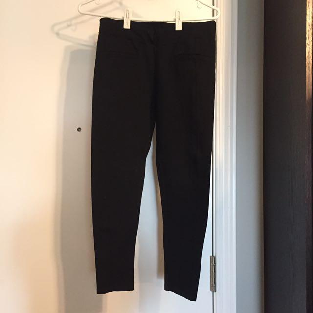 Joe Fresh black leggings