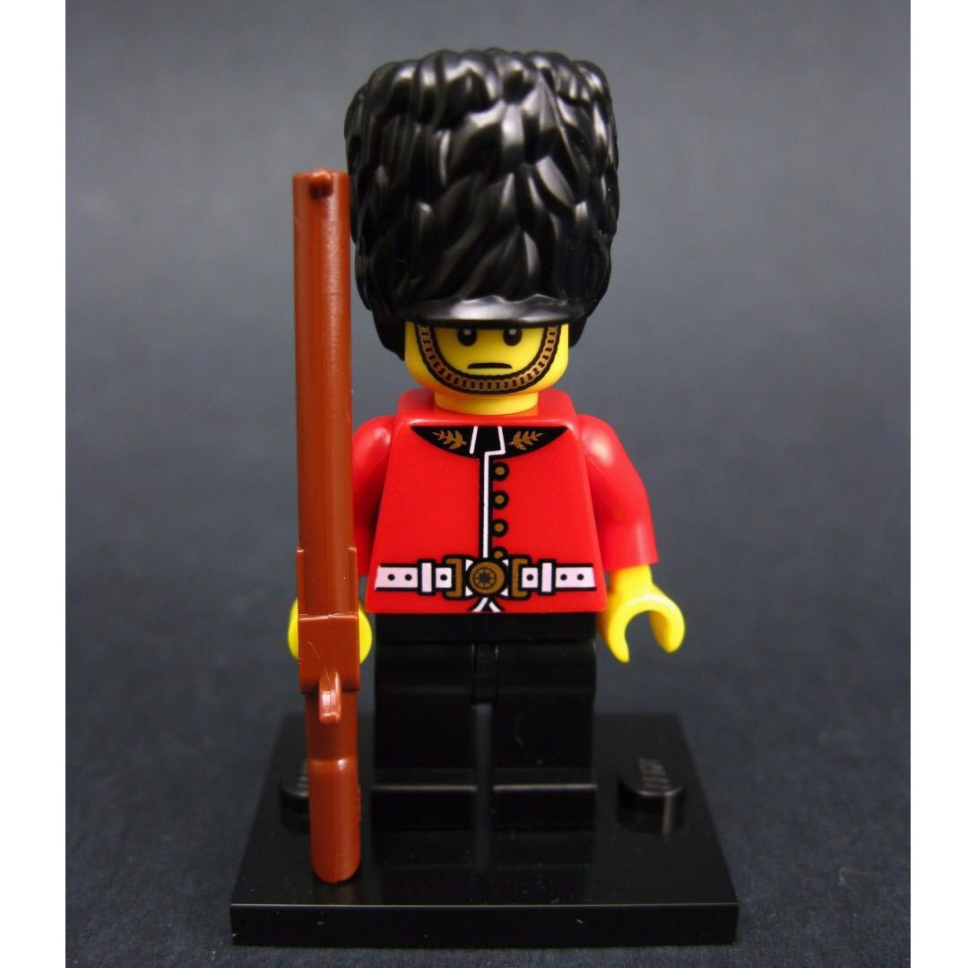 Lego British Royal Guard Series 5 Minifigures 8805 Soldier