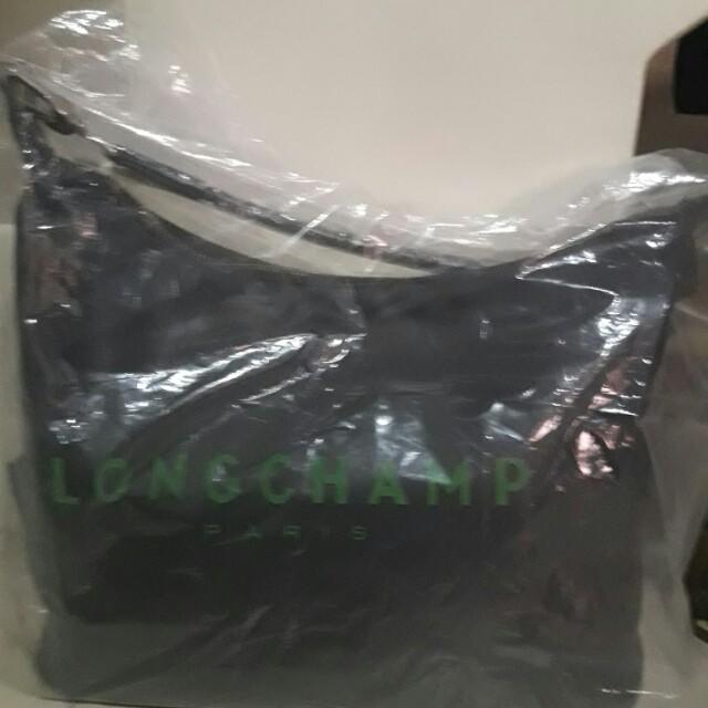 Longchamp.Black.Hobo Bag
