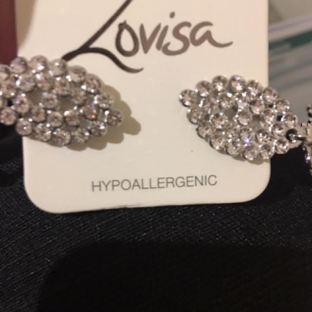 Lovisa crystal dangly earrings