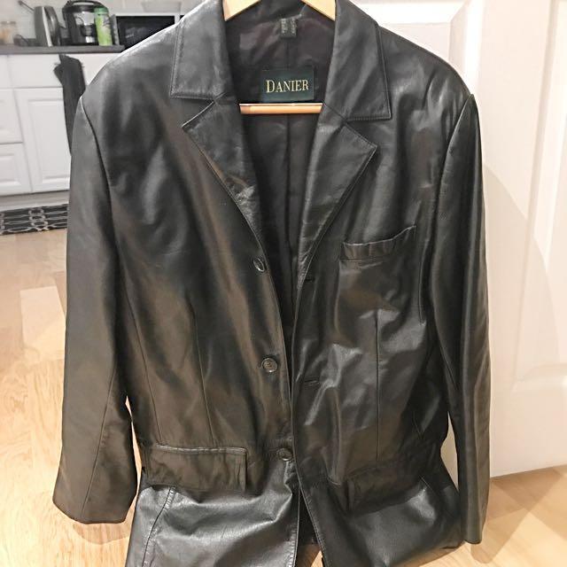 Men's Size S Danier Leather Jacket