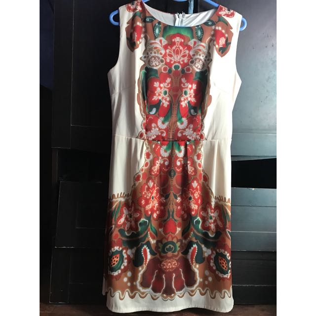 Midi dress (medium)
