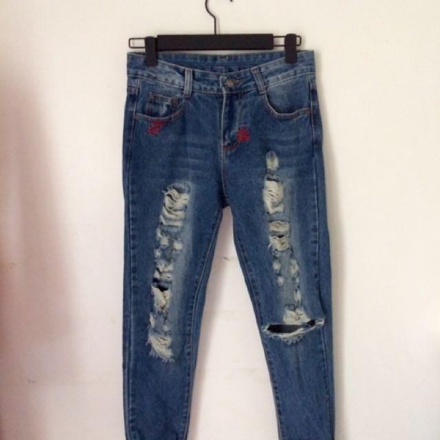 Midwaist Stylish Tattered Jeans