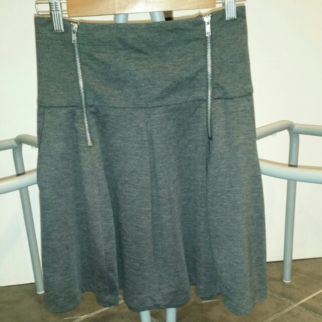 MISS SHOP grey skirt 6