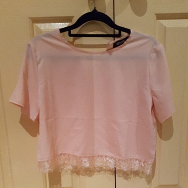Missguided pink lace cropped top
