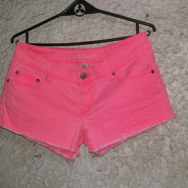 NEON PINK SHORTS (size 28-29)
