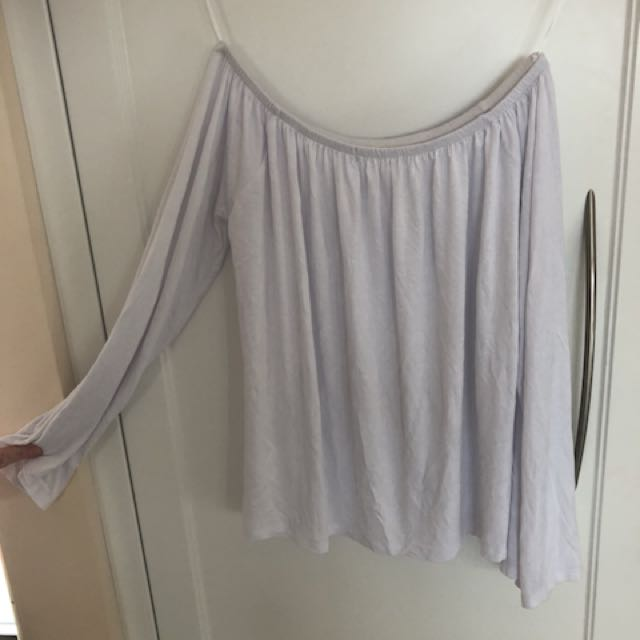 Off the shoulder flowy top, size 8