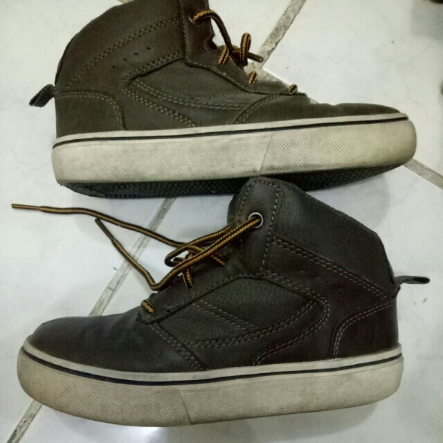 Op brown shoes from US