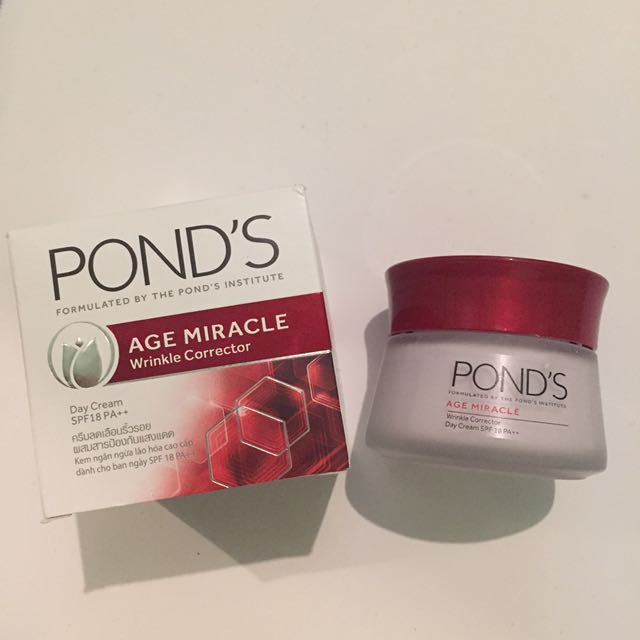 Pond's New Age Miracle Day Cream
