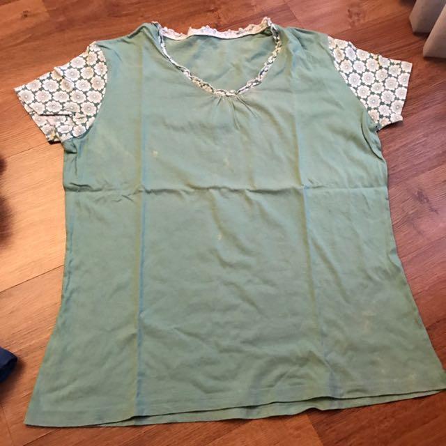 Preloved green pijamas top free size - baju tidur atasan kecil hijau
