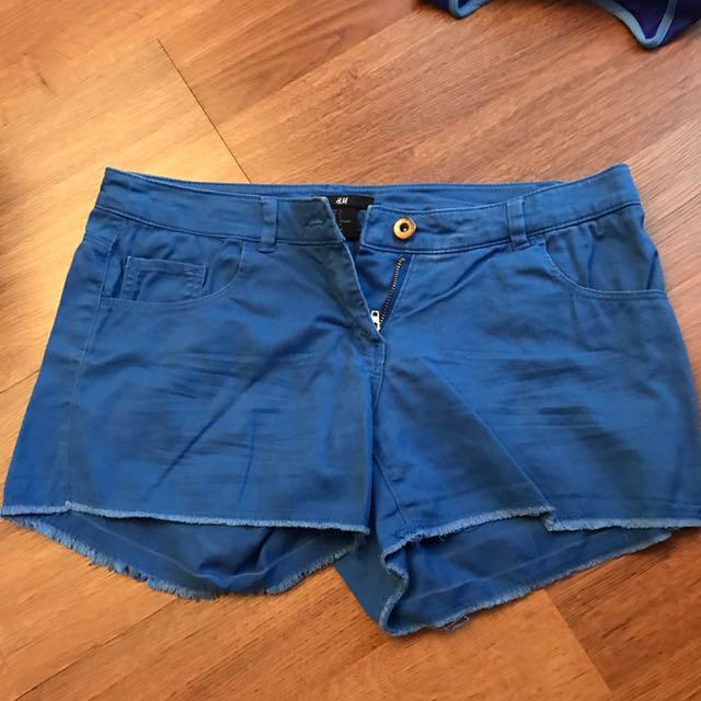 Preloved h&m Original blue shorts small - celana pendek biru kecil
