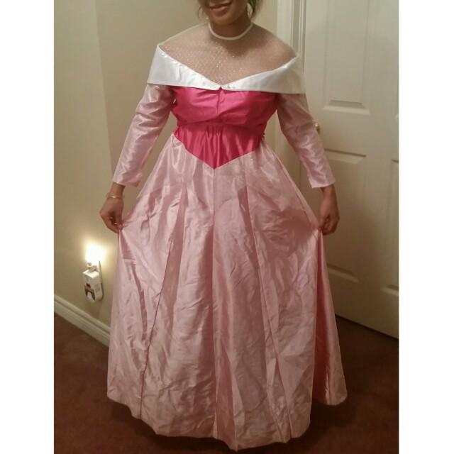 Princess aurora halloween costume