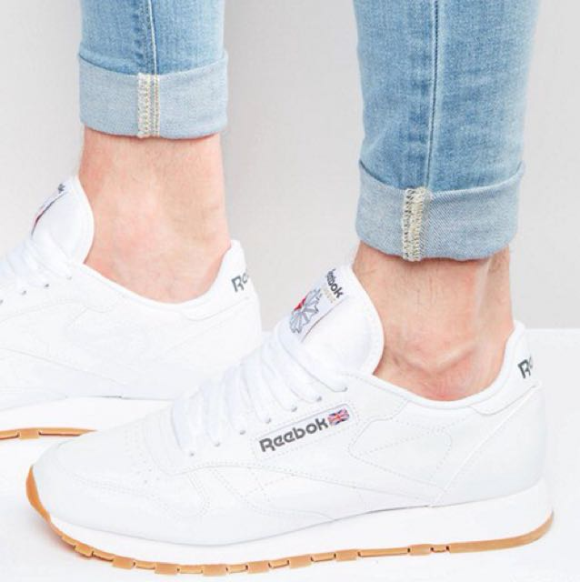 5698656f0b0a1 Reebok Classic Leather Trainers in White 49799
