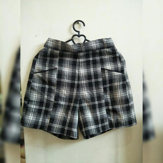 SALE ONLY 20K celana pendek wanita