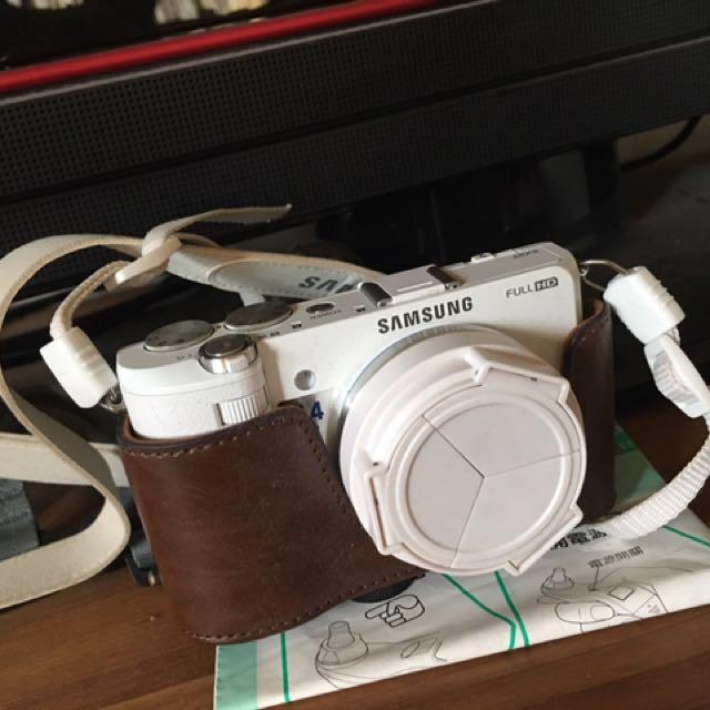 Samsung EX2F翻轉美顏相機