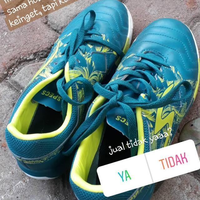 Sepatu Specs Metasala size 37