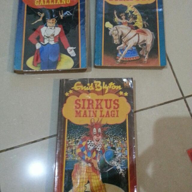 Sirkus Series - Enid Blyton