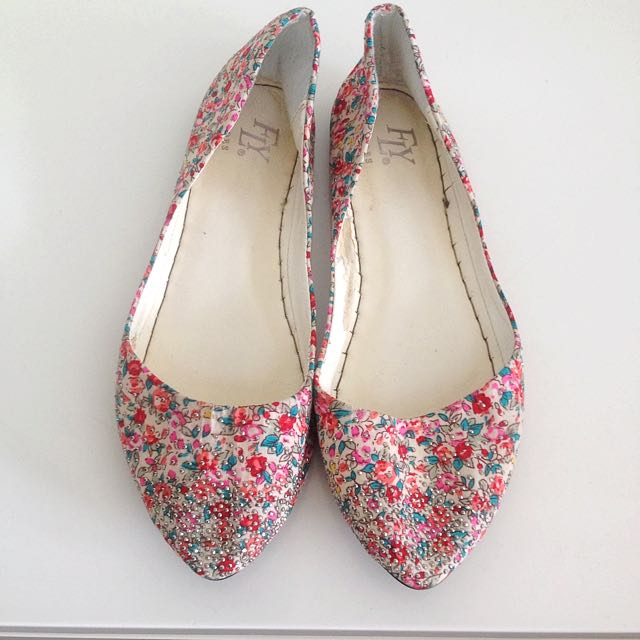Summer Floral Pointy Flats
