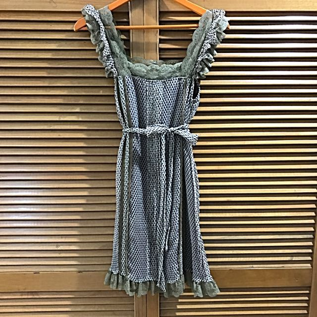 s(x)ml dress for Afternoon Tea