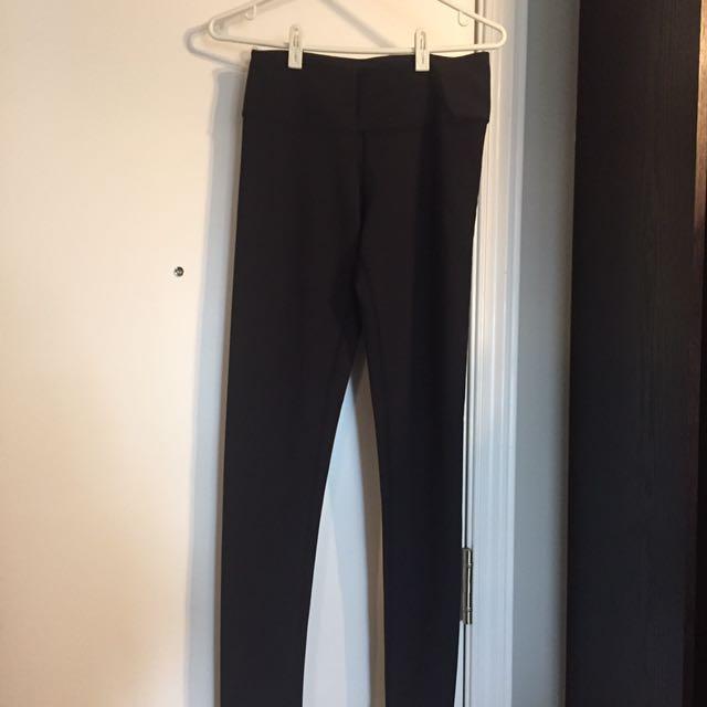 Titika black leggings