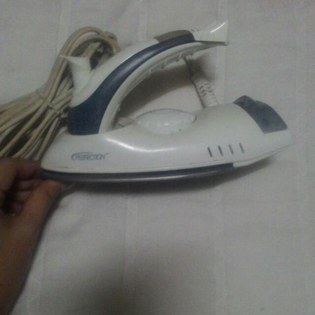 Travel Iron Compact Steam/Dry