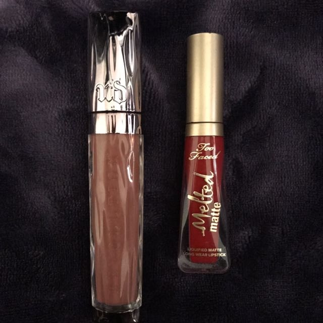 UrbanDecay Lipgloss (Liar) & Too-faced mini melted matte lipstick(Lady Balls)