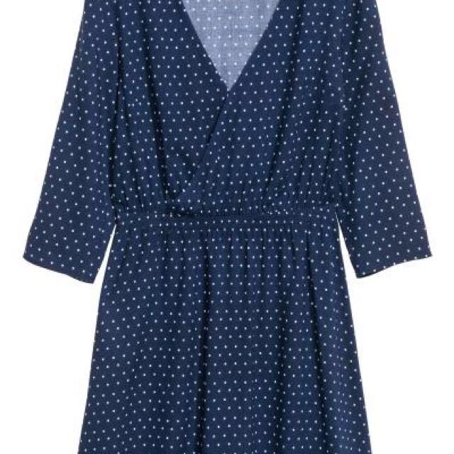 V-neck Polka Dot H&M dress