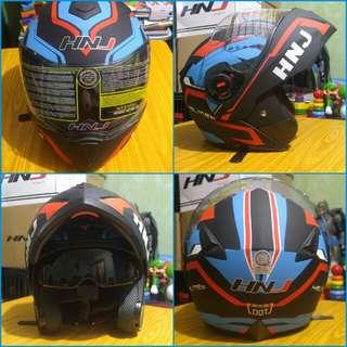 Helmet Modular Dual Visor.