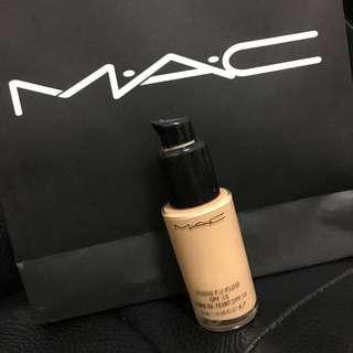 M.A.C MAC柔霧無瑕粉底液SPF15 PA++ MAC Studio Fix Liquid
