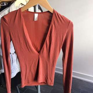 SIZE XS AMERICAN APPAREL BRUSHED JERSEY DEEP V NECK LONG SLEEVE SHIRT