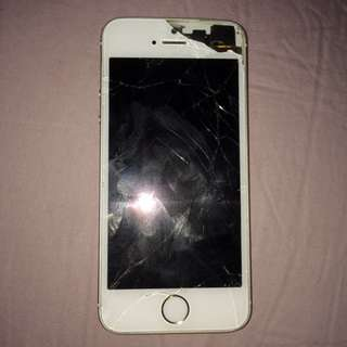 Cracked up iPhone 5s gold