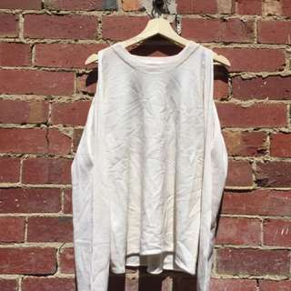 COLD SHOULDER CREAM KNIT SWEATER