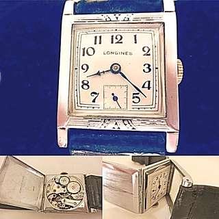 30年代 瑞士 古董浪琴 Vintage Longines Mechanical Manual Wind Wristwatch 機械上練 腕錶: 罕有三疊式錶殼 26mm x 27mm 及特闊錶耳 21mm, 運作正常。