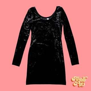 H&M BLACK VELVET DRESS