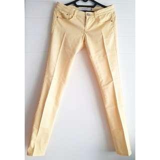 Celana skinny jeans kuning