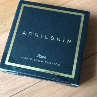 APRILSKIN BLACK MAGIC SNOW CUSHION NATURAL BEIGE